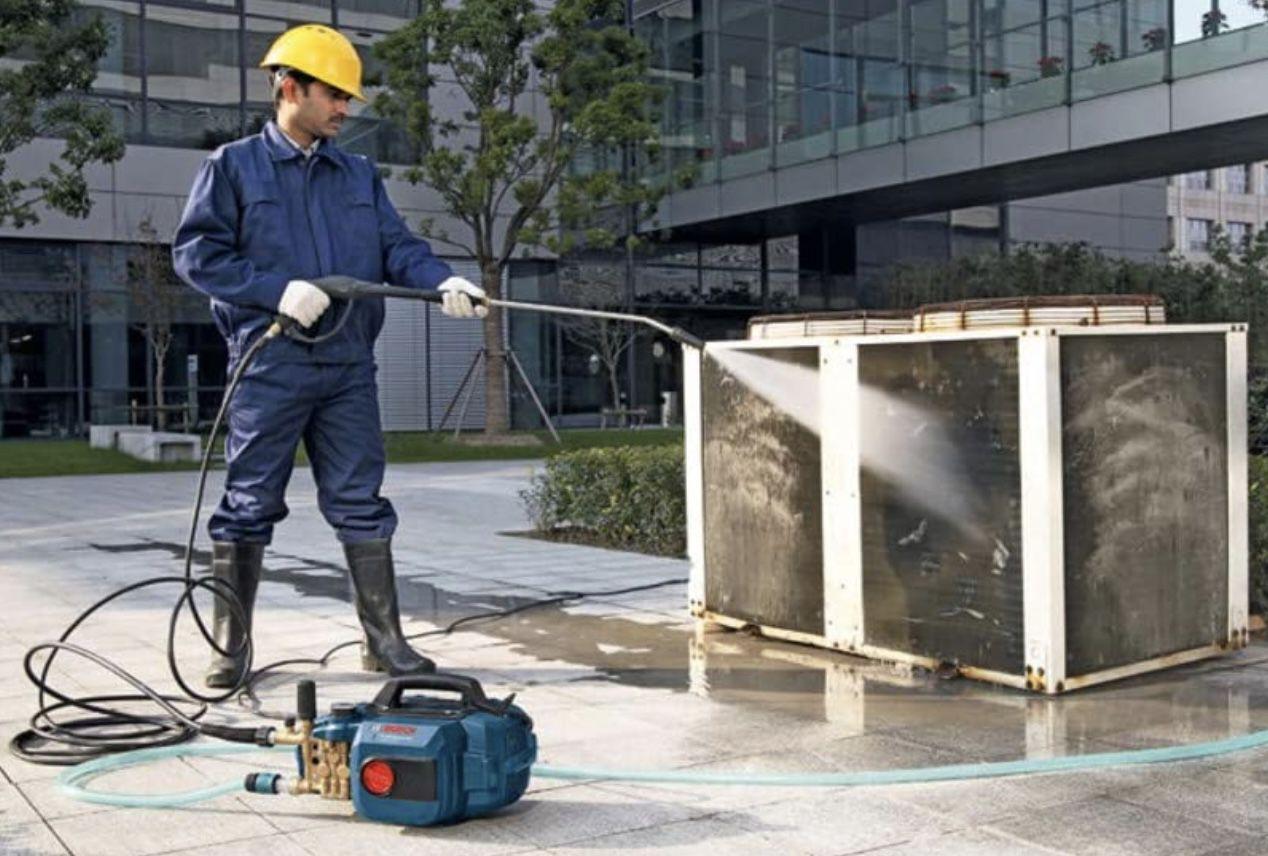 Bosch Hochdruckreiniger GHP 5 13 C mit bis zu 140 bar Wasserdruck für 249€ (statt 299€)