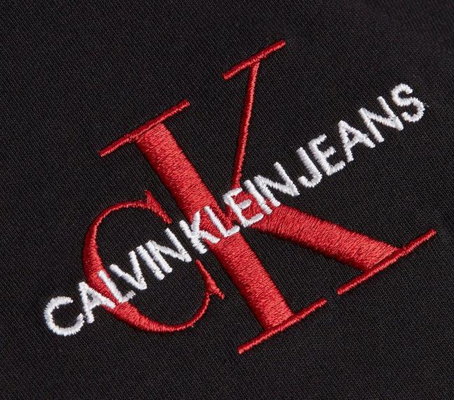 Calvin Klein New Iconic Essential Tee   T Shirt für 22,94€ (statt 32€)