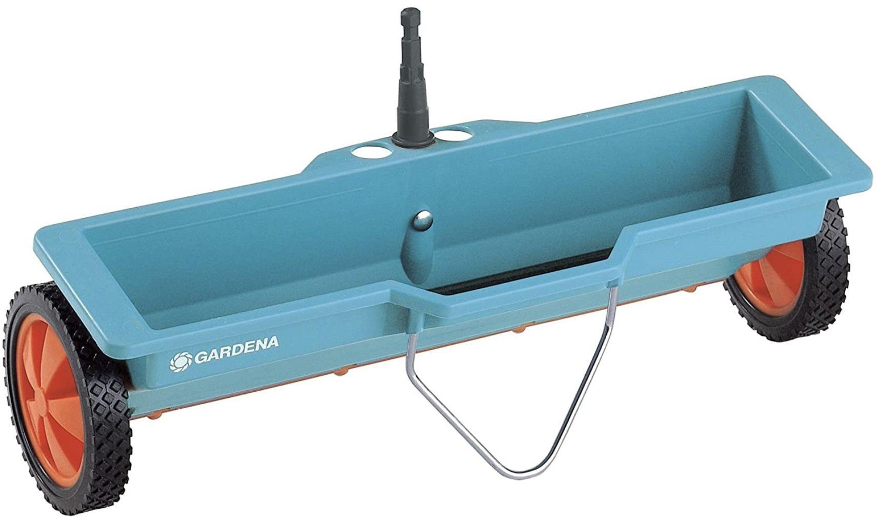 Gardena 420 20 Combisystem Streuwagen mit 40cm Streubreite für 20,28€ (statt 30,85€)   Prime