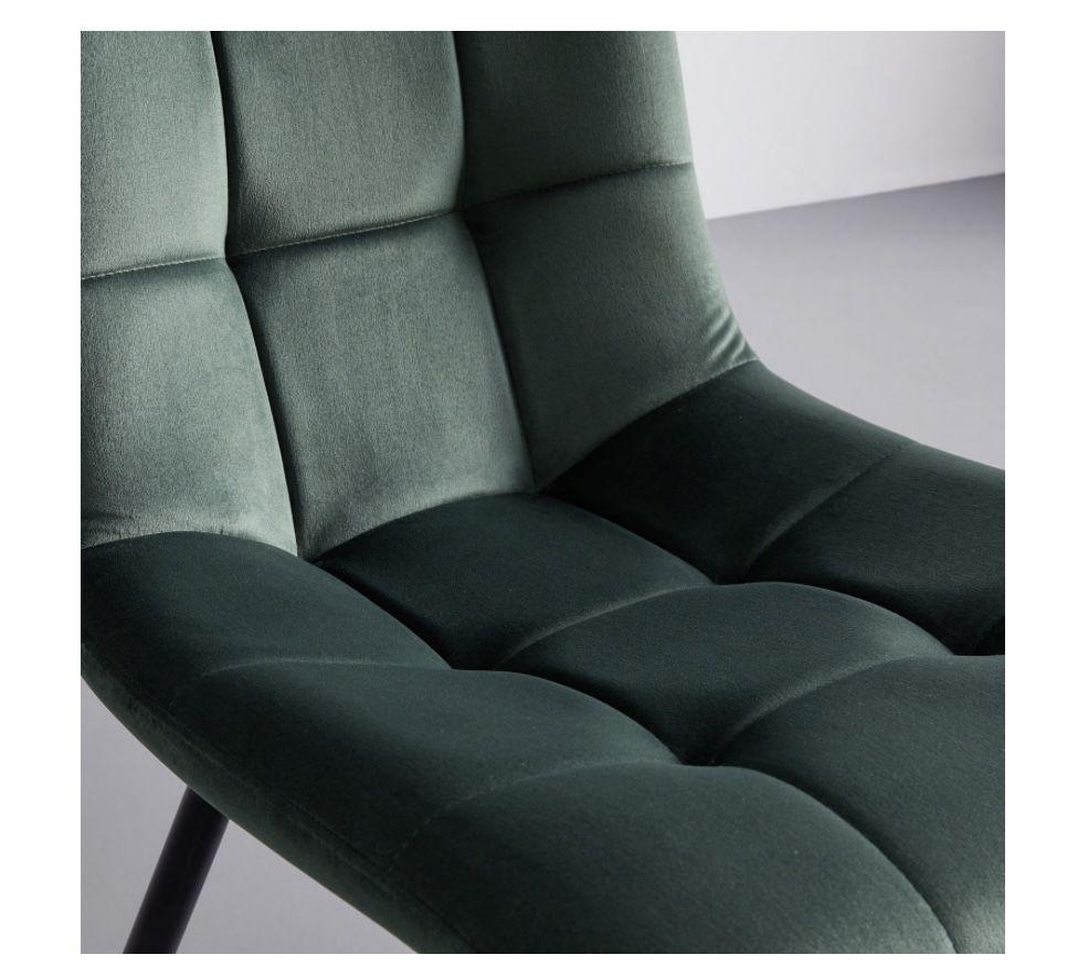 Bessagi Stuhl Suri in Grün für 40,25€ (statt 55€)