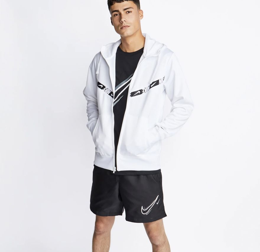 Nike Repeat Herren Hoodie Sweatjacke in Weiß für 55,99€ (statt 70€)