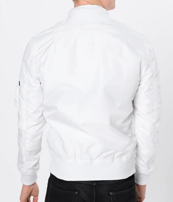 Alpha Industries Bomberjacke MA 1 TT in weiß für 69,93€ (statt 130€)