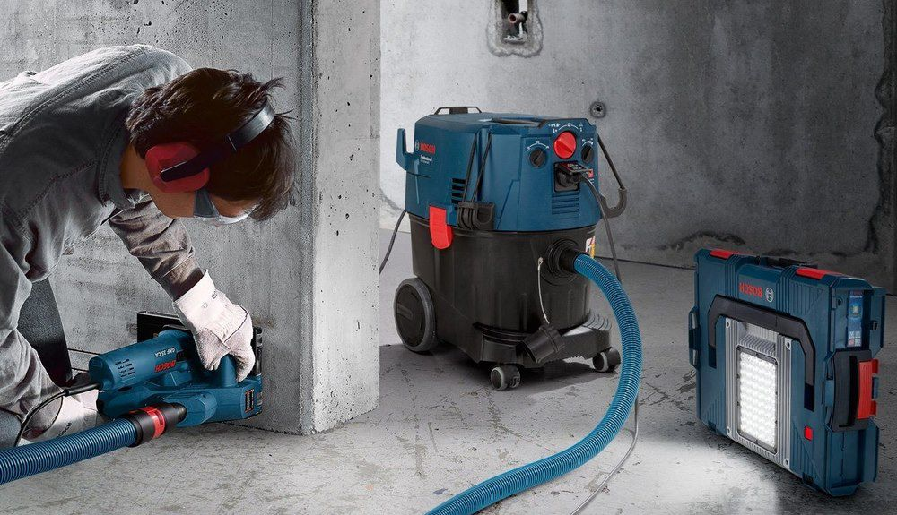 Bosch Professional Industriestaubsauger GAS 35 M AFC (1.200 Watt, 35L & 5m Schlauch) für 427,86€ (statt 479€)
