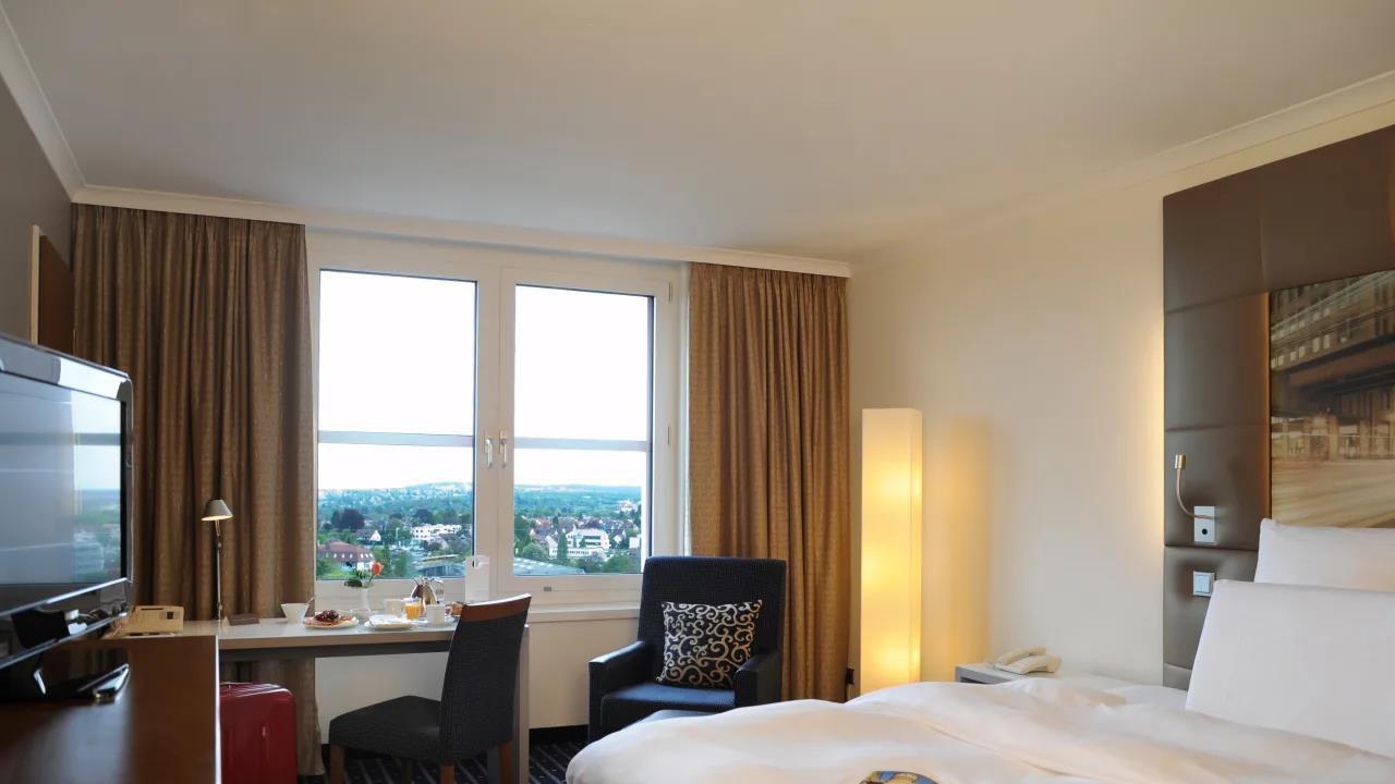 ÜN in Stuttgart im 4* Pulmann inkl. Halbpension, Fit und Spa Lounge und kostenlosem Zimmerupgrade ab 59,50€ p.P.