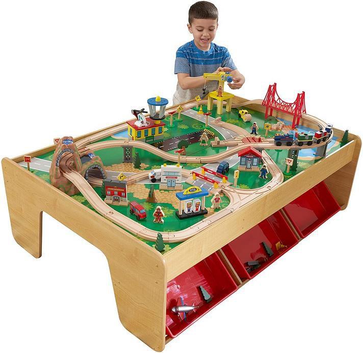 KidKraft 17850 Eisenbahnset und Spieltisch für 105,51€ (statt 161€)
