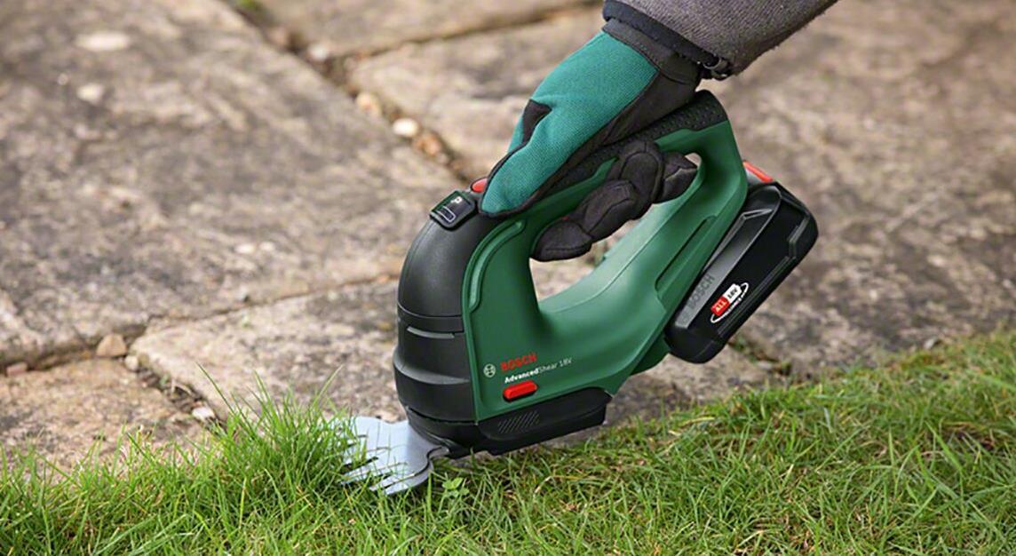 Bosch Advanced Shear 18V 10   Akku Gras /Strauchschere für 109,99€ (statt 125€)