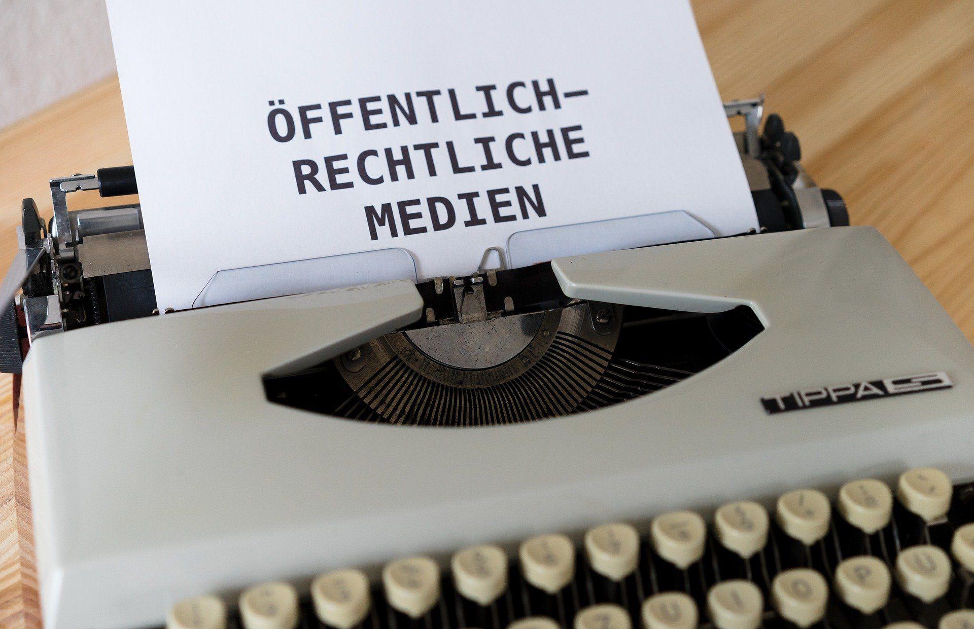 News: GEZ wird erhöht! Bundesverfassungsgericht widerspricht Rundfunkbeitrag Blockade