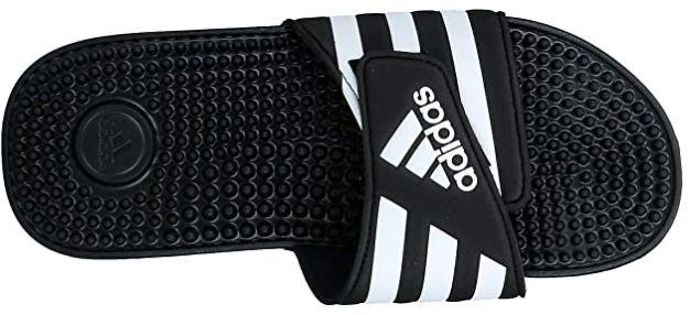 adidas Adissage Badelatsche mit Noppen ab 12,99€ (statt 18€)