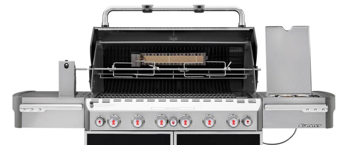 Luxus Klasse: Weber Summit E 670 GBS Gasgrill mit 6 Brenner inkl. Grillspieß für 2.999€ (statt 3.199€)