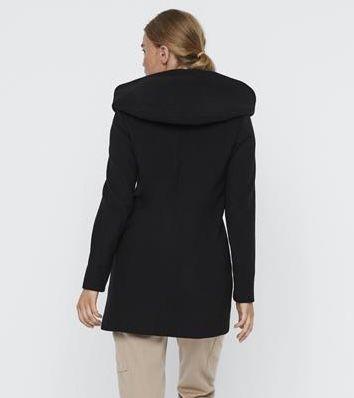Vero Moda Damen Mantel 3/4 mit Kapuze für 31,89€ (statt 45€)