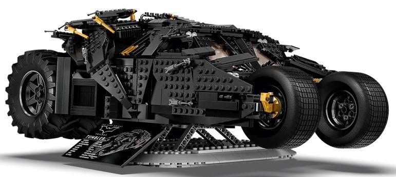 Vorbestellung: Lego 76240 Super Heroes DC Batman Batmobile Tumbler für 188,59€ (statt 210€)