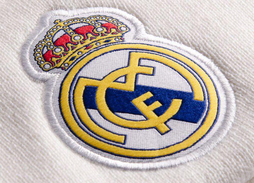adidas Real Madrid Beanie in Weiß für 15,94€ (statt 24€)
