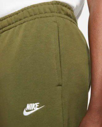 Nike Jogginghose Club in Grün für 35,97€ (statt 45€)