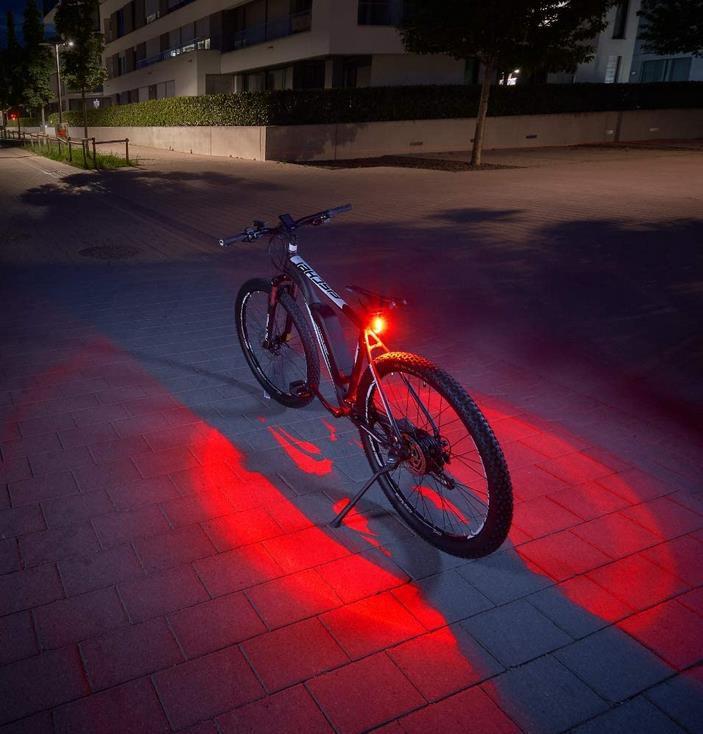 FISCHER Twin Fahrrad Rücklicht mit 360° Bodenleuchte für 6,79€ (statt 13€)