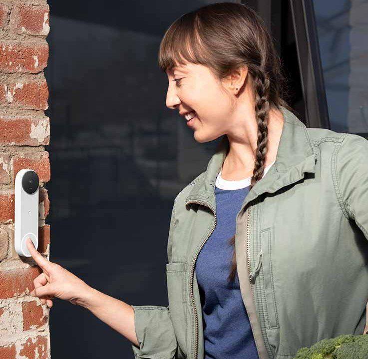 Google Nest Doorbell (mit Akku) + Nest Hub (2. Generation) für 199€ (statt 273€)