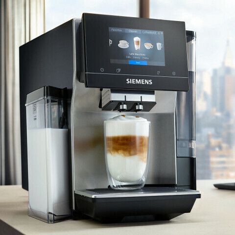 Siemens Kaffeevollautomat EQ.700 integral mit iSelectDisplay & Milchsystem ab 1.399€ (statt 1.699€)