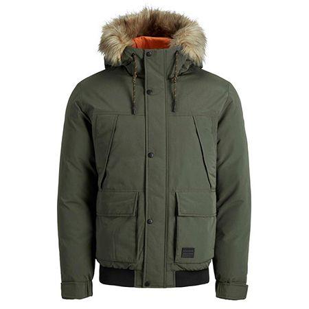 Tara-M: 25% auf Jacken und Oberteile von Jack & Jones z.B. T-Shirts ab 6€