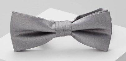 Calvin Klein Fliege   100% Seide in Hellgrau, Blau oder Rot ab 23,92€ (statt 34€)