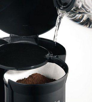 TEFAL Kaffeemaschine CM2608 mit 1000W & 1,25L Glaskanne für 23,99€ (statt 35€)